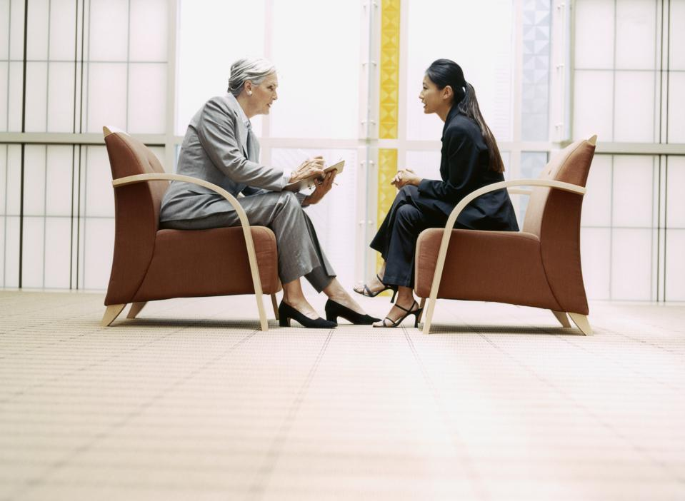 3 Interview Behaviors That Hurt Your Chance Of Getting The Job