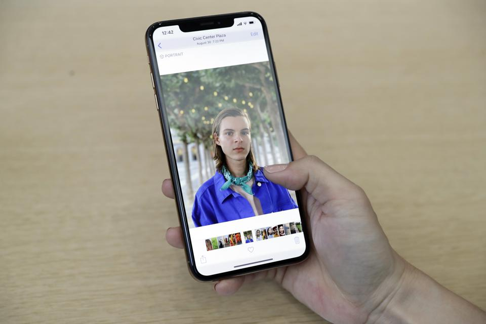 Apple Confirms iPhone FaceTime Eavesdropping Exploit -- Here's What To Do