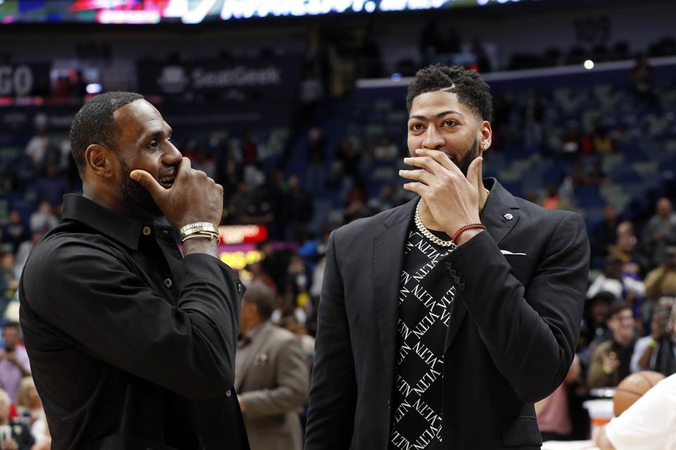 Anthony Davis Trade May Prevent Lakers From Going Star Hunting In Free Agency