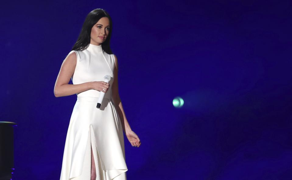 Kacey Musgraves Reclaims Top Country Albums No. 1 Following Grammy Success