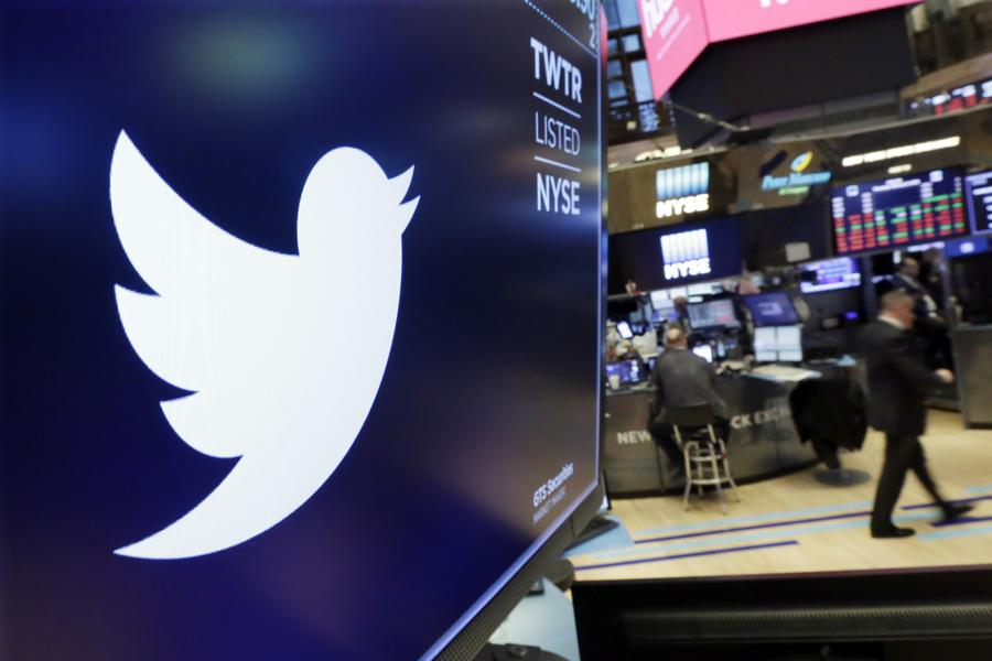 Earnings Preview: Twitter And Facebook Report Q1 Results On Wednesday