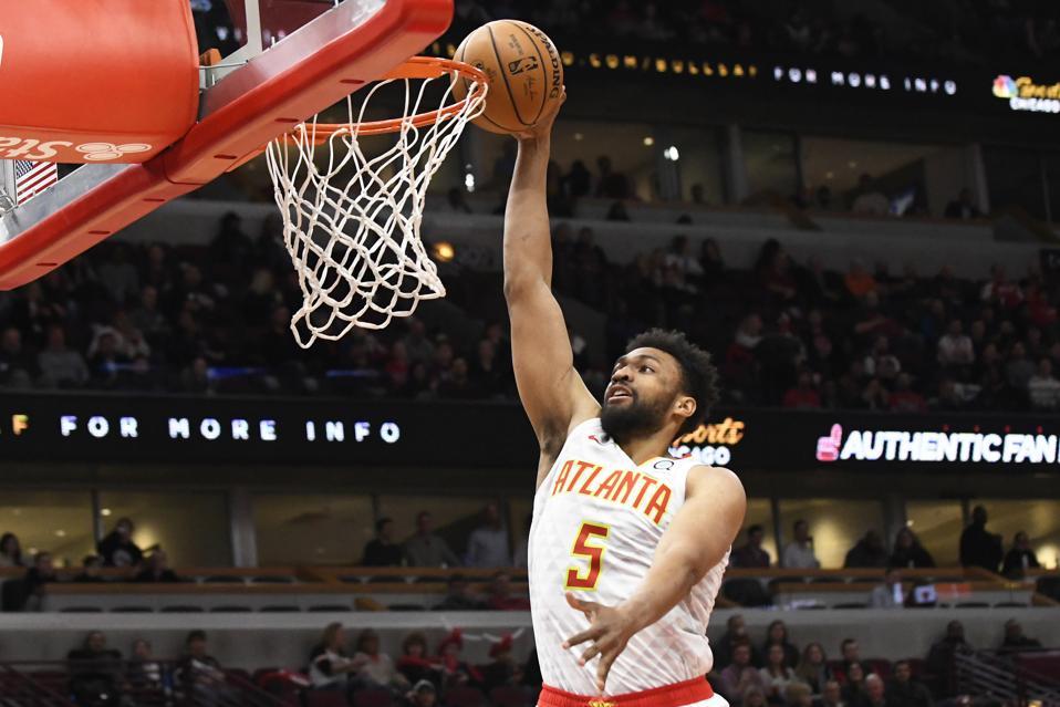 Hawks Bulls Basketball