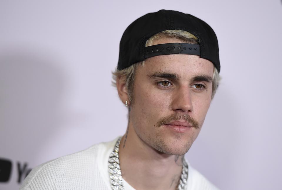 Justin Bieber Changes debut sales