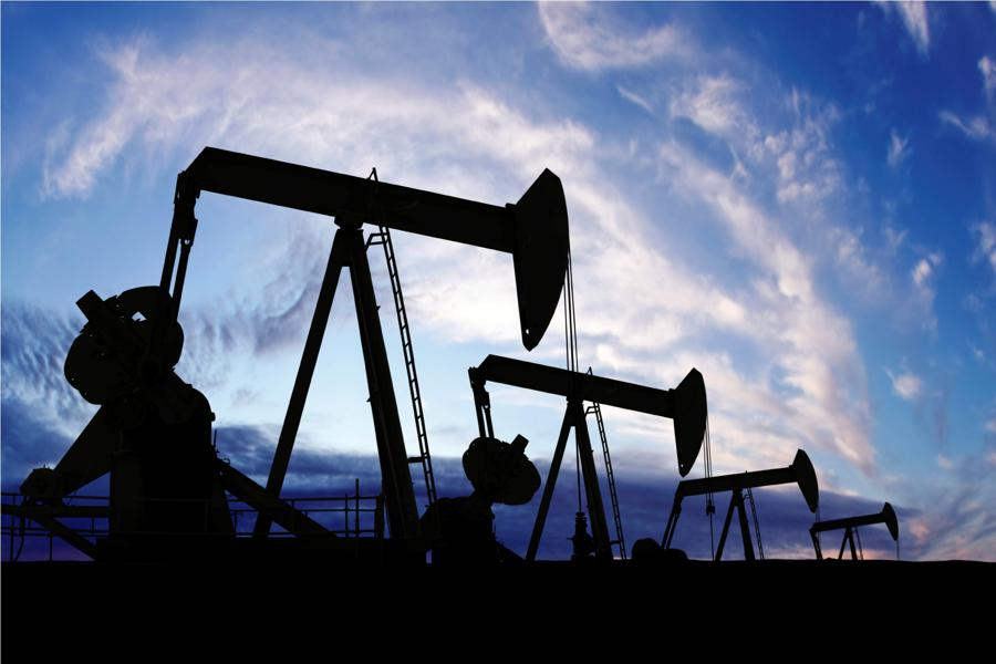 Big Oil's Choice Amid Low Prices: Evolve Or Wither?