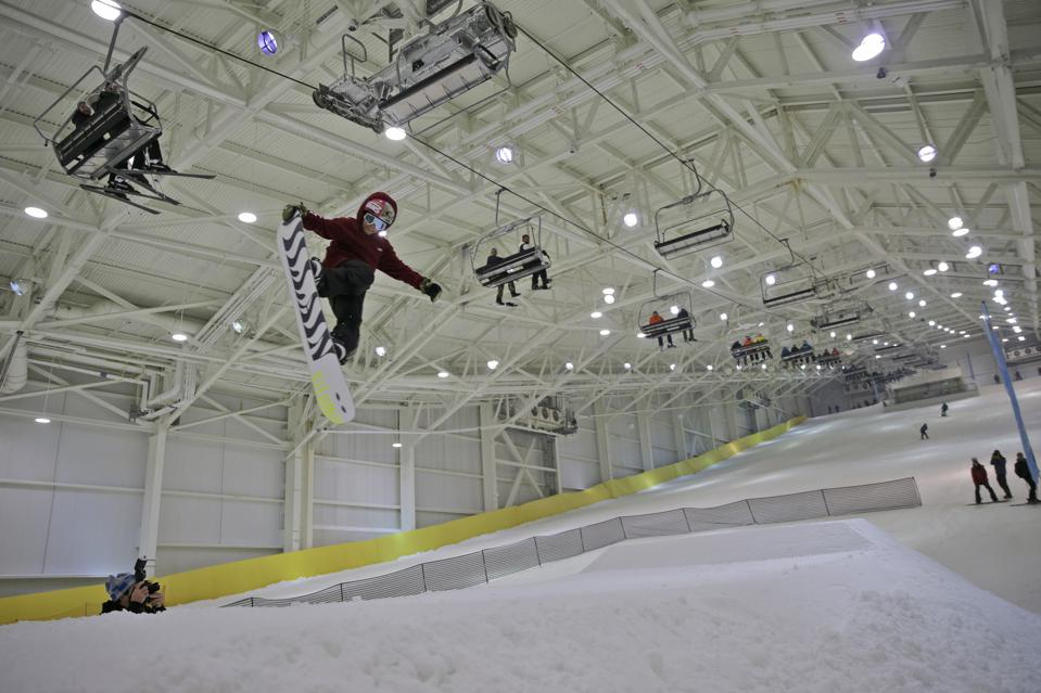 American Dream entertainment center Indoor Skiing slope