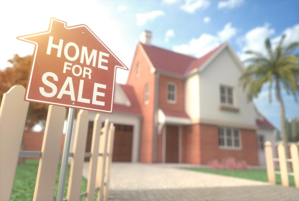 Four Ways To Dominate In A Tough Real Estate Market
