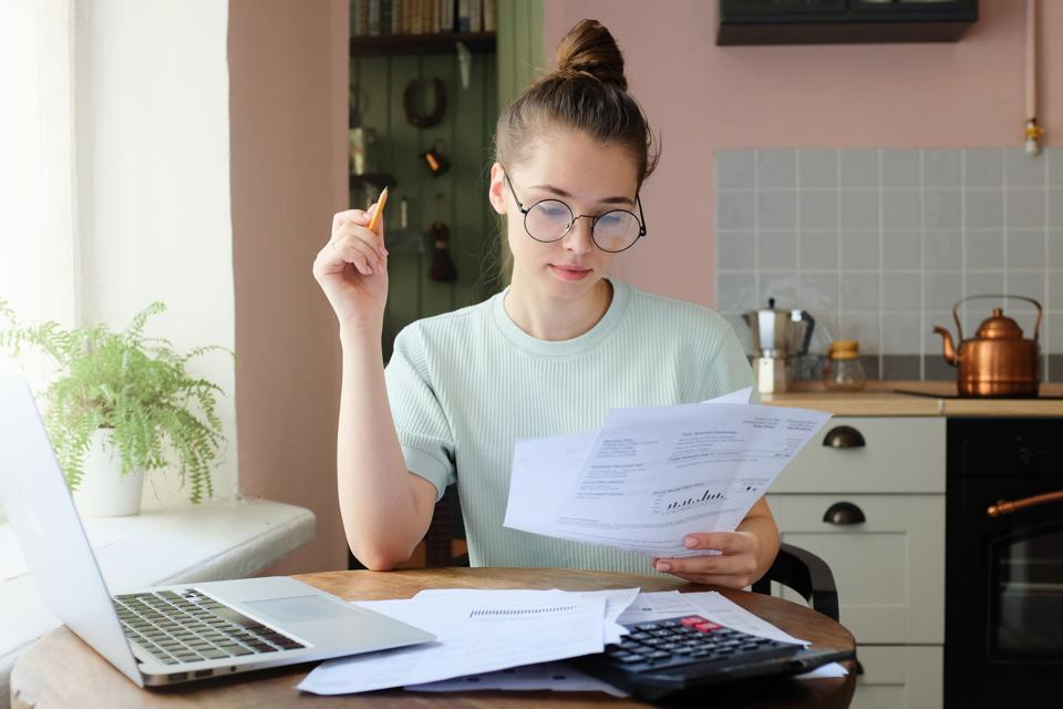 Closing The Generational Gaps In Financial Literacy