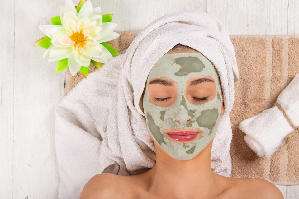 Top Facemask compositions you should have for a better skin