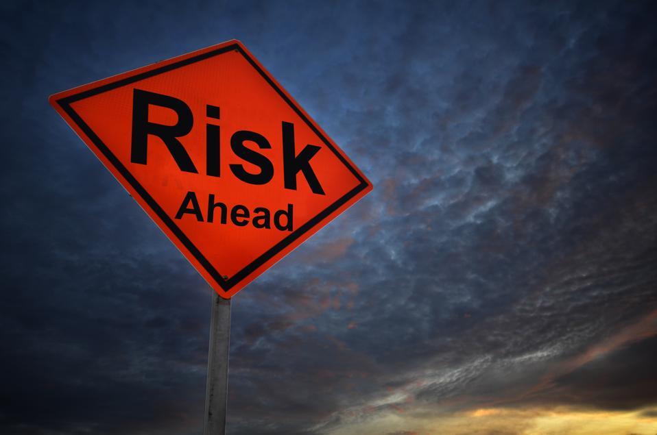 Risk warning road sign