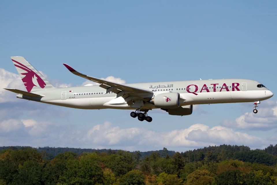Qatar Airways Airbus 350-900 landing at Zurich Kloten...