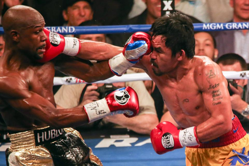 Manny Pacquiao Fights Floyd Mayweather in Welterweight Title Fight