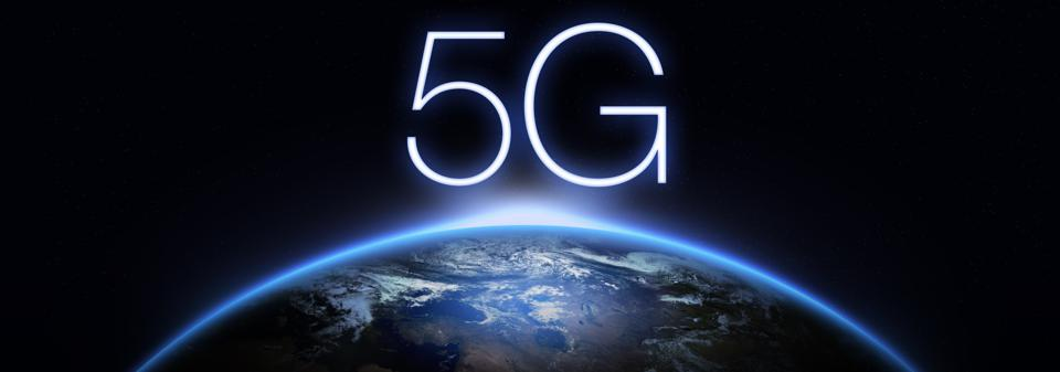 5G Network Internet Mobile Wireless Business concept.5G standard of modern signal transmission technology.
