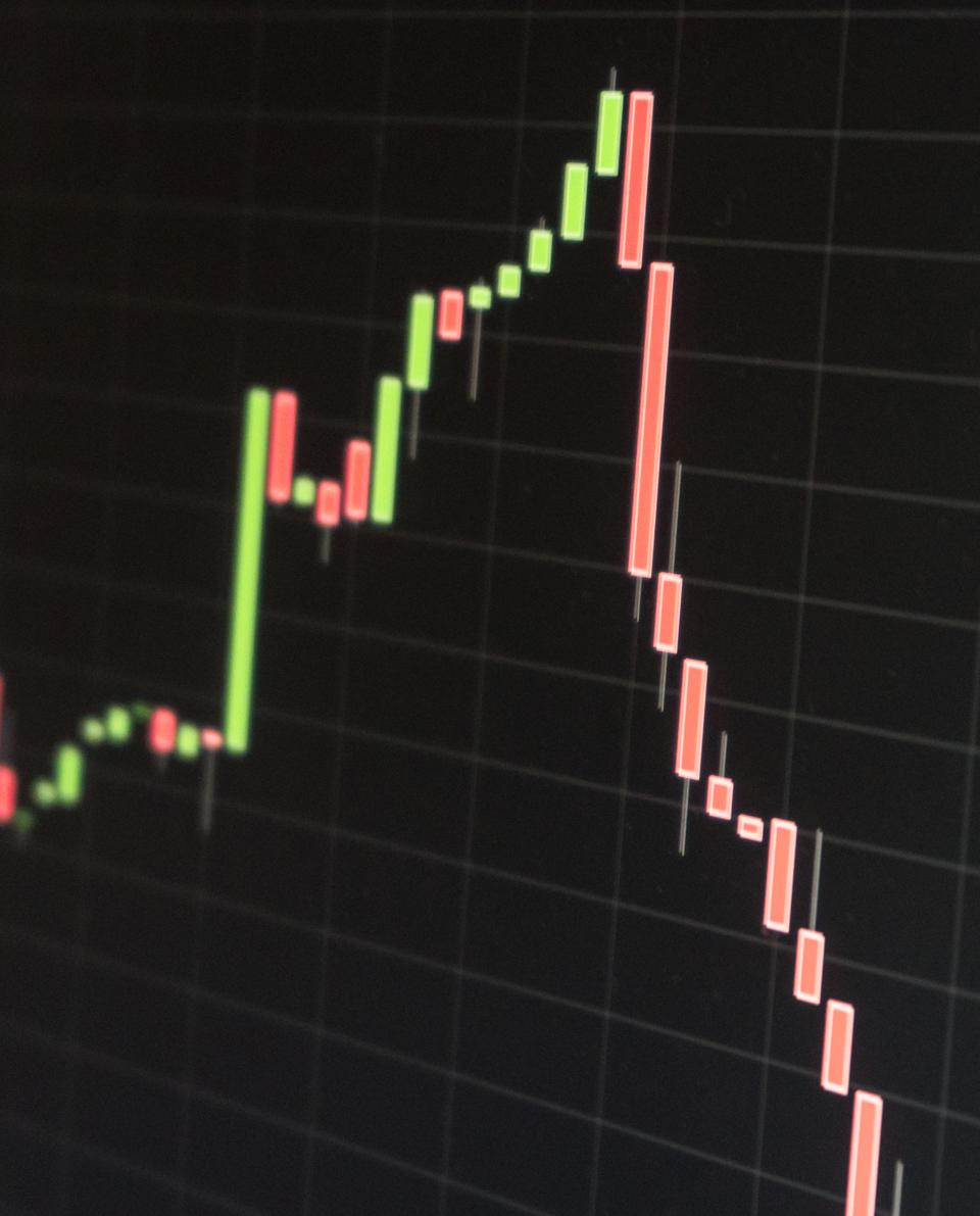 stock price chart falling deeply and quickly