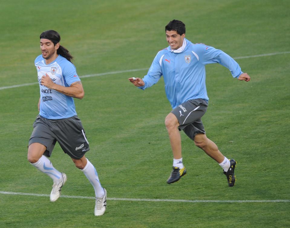 Luis Suarez could join Sebastian Abreu in Uruguay after leaving FC Barcelona.