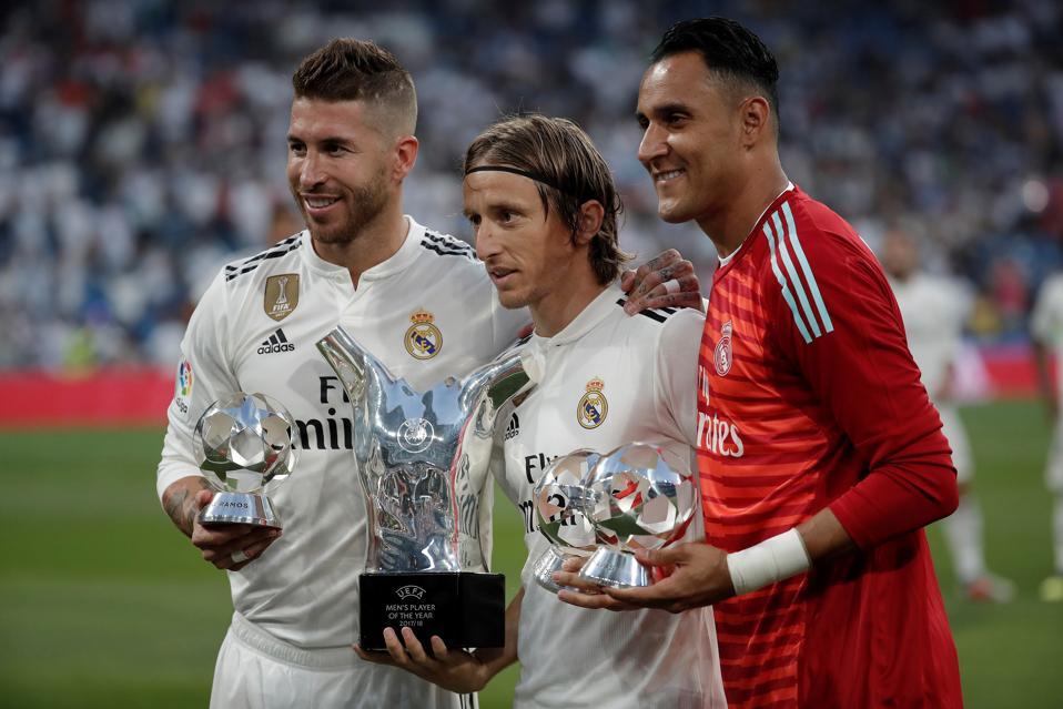 Shortlist Announced: Messi, Ronaldo Or Virgil Van Dijk Will Be UEFA Men's Player Of The Year
