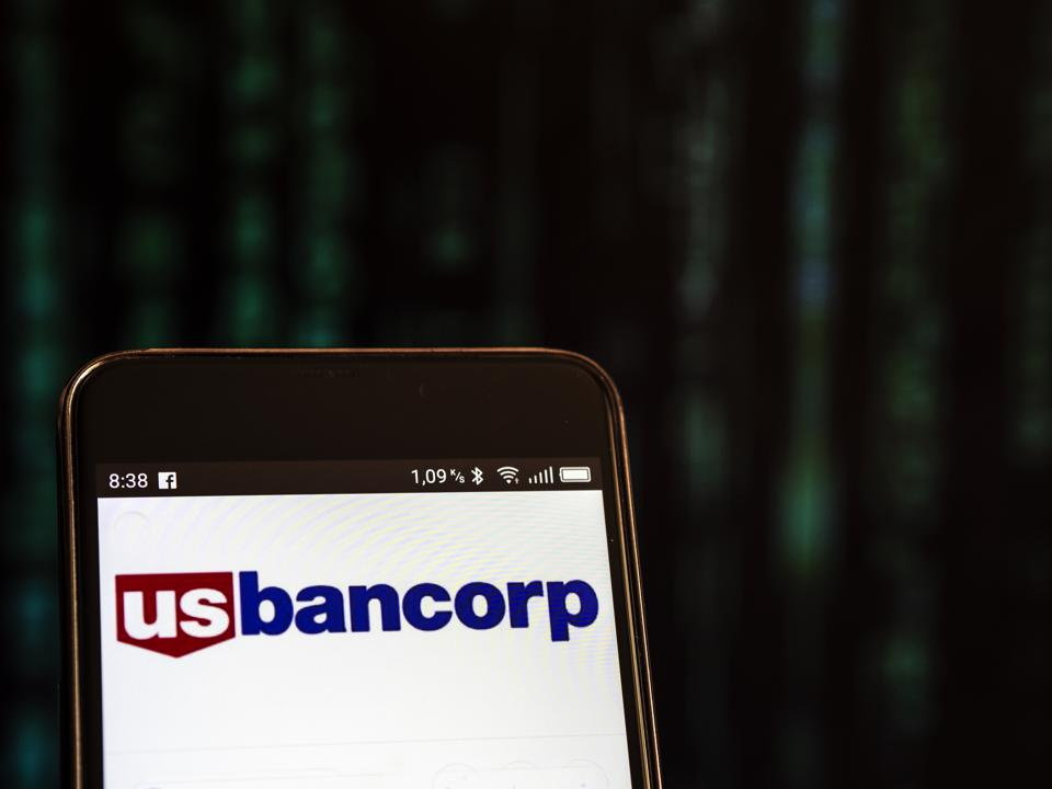 U.S. Bancorp logo seen displayed on a smart phone