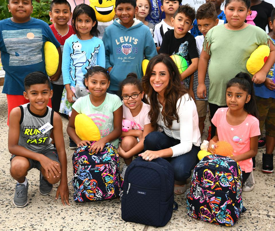 Vera Bradley Partners With Blessings In A Backpack To Continue Back-To-School Philanthropy Tour With Danielle Jonas