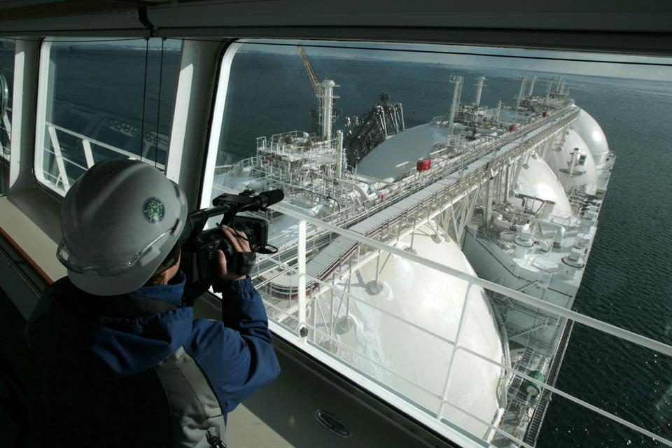 Indian-Qatari LNG Pricing Negotiations: Yet Another Sign That LNG Markets Are Shifting