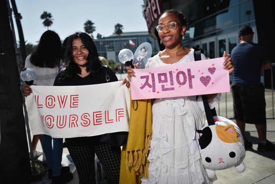Fans Await The BTS Concert At Staples Center As Part Of The ″Love Yourself″ North American Tour