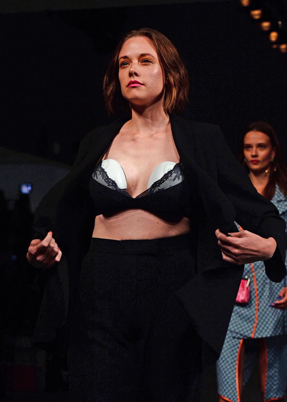 Marta Jakubowski SS19 Show Featuring Elvie