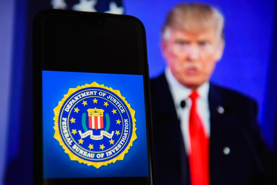 The Federal Bureau of Investigation (FBI), Trump and Attorney General Barr want Apple to unlock iPhones.