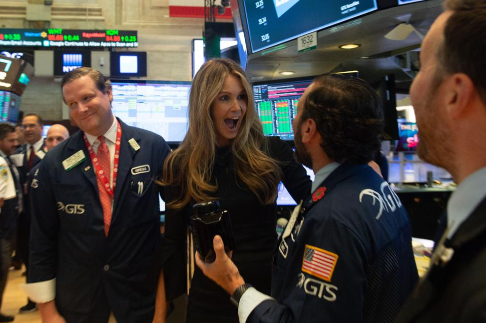 US-ECONOMY-STOCKS  You probably recognize Supermodel Elle Macpherson, but do you know what the Dow Jones Industrial Average Is?