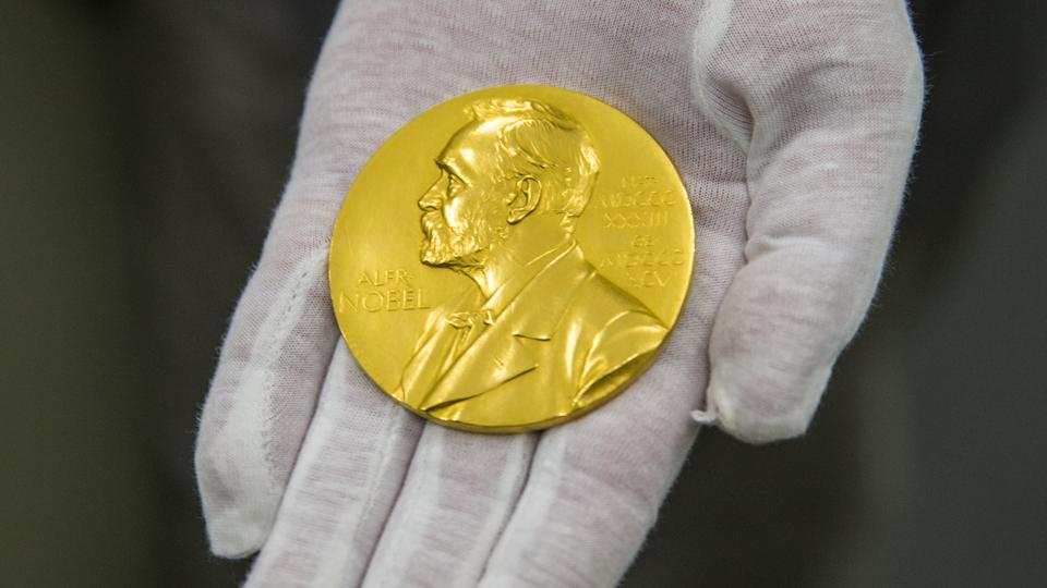 Since 1901, the Swedish Academy has been the official organization to award the Nobel literature prizes.