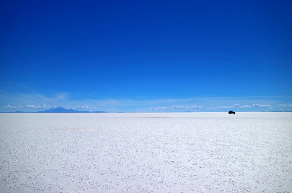 Uyuni salt flats or Salar de Uyuni, the world's largest Salt Flats, UNESCO World Heritage site in Bolivia, South America