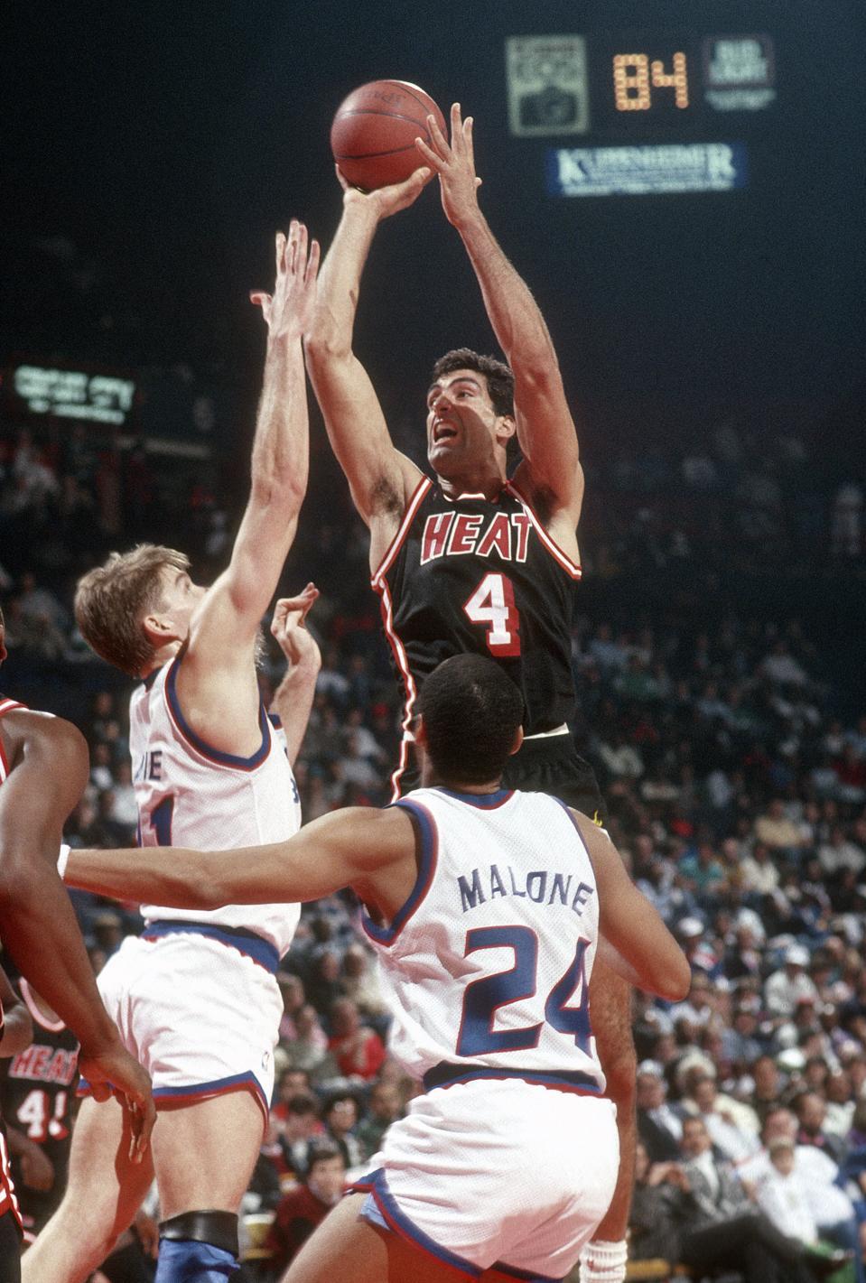 Miami Heat v Washington Bullets