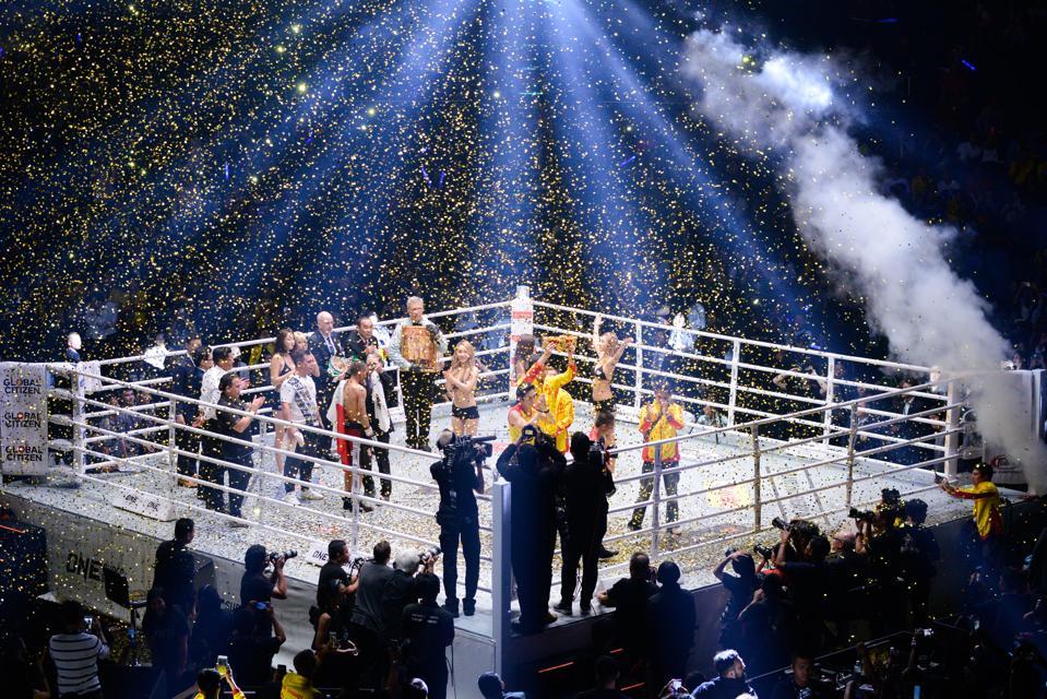 Srisaket Sor Rungvisai v Iran Diaz - WBC Super Flyweight World Champion