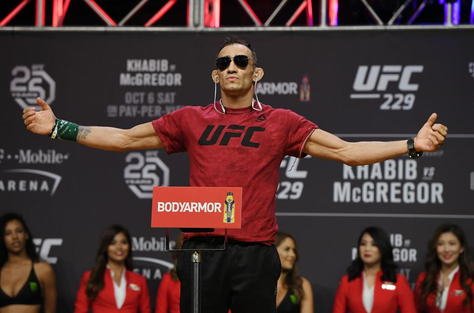 Tony Ferguson Faces Justin Gaethje in the main event of UFC 249 on April 18
