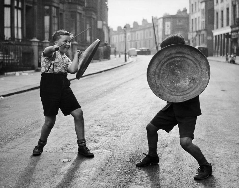 Child'S Play In London Around 1947