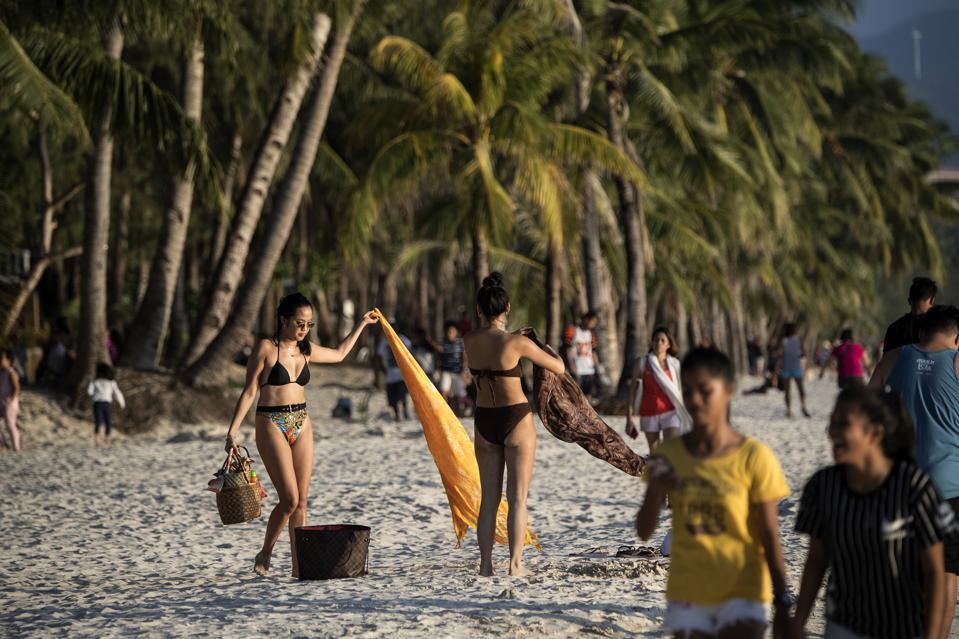 PHILIPPINES-ENVIRONMENT-TOURISM-BORACAY