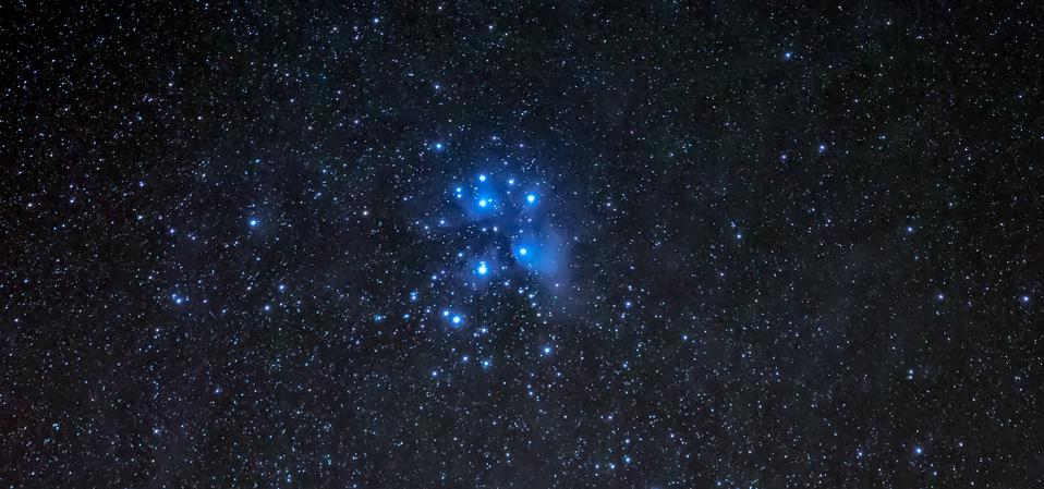 M45, the Pleiades cluster, also known as the ″Seven sisters″.