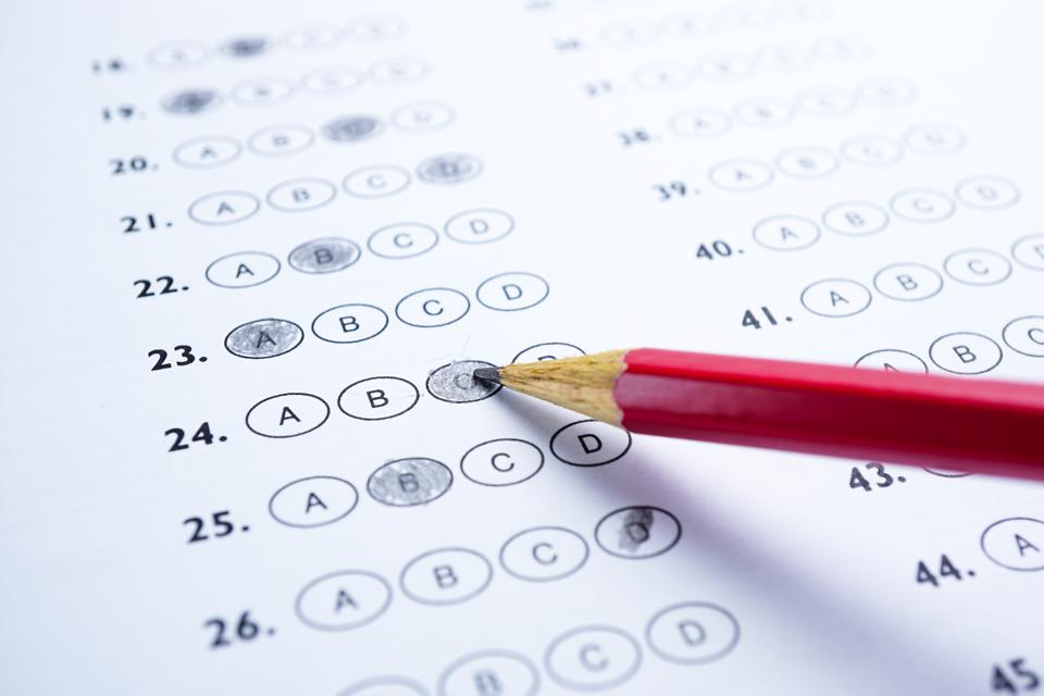 Answer sheets with Pencil drawing fill to select choice : education concept