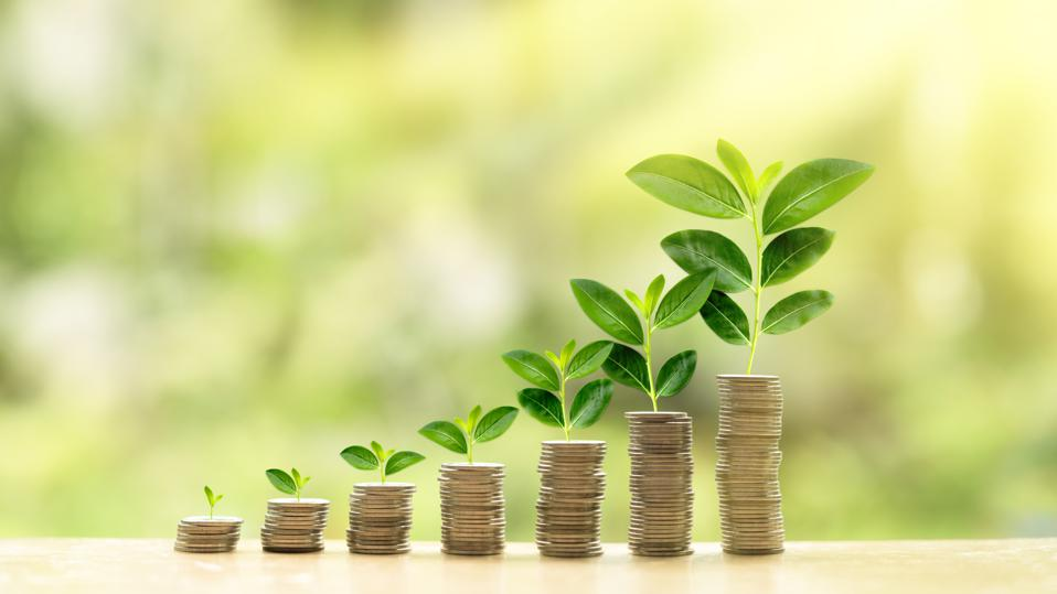 Growing small business with merchant cash advance (MCA) or Automated Clearing House (ACH) advance