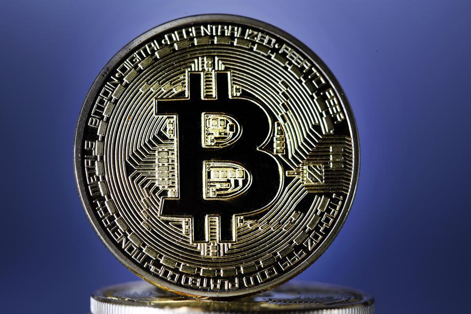bitcoin, bitcoin price, Donald Trump, Andrew Yang, image