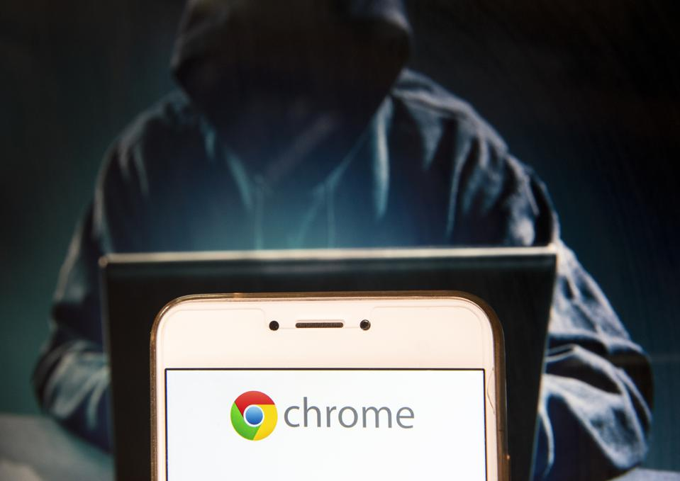 Hackers Trick Thousands Into Downloading Dangerous 'Google Chrome Update'
