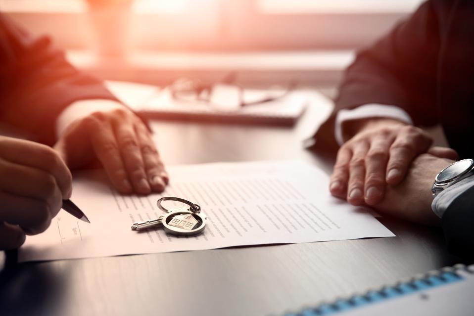 Estate Agent Property Signing