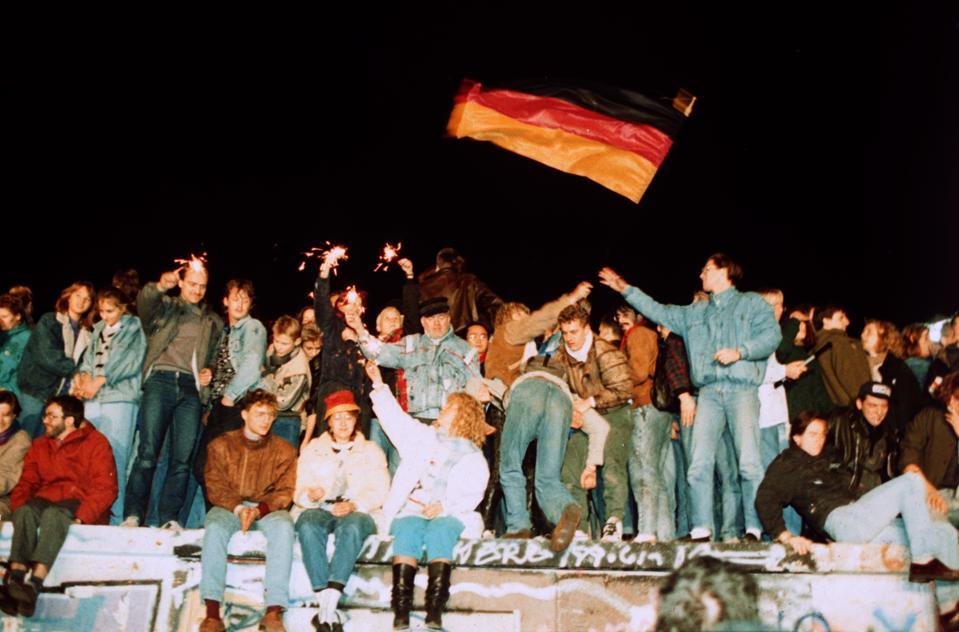 Fall of the wall in Berlin 1989