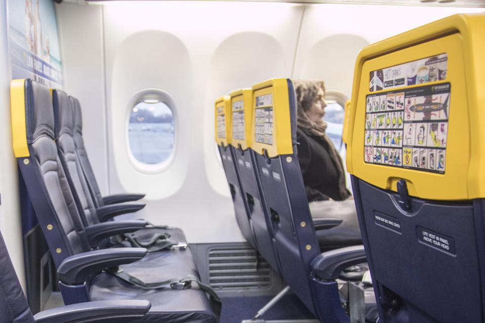 Ryanair's new Boeing Sky Interior cabin. the plane ...