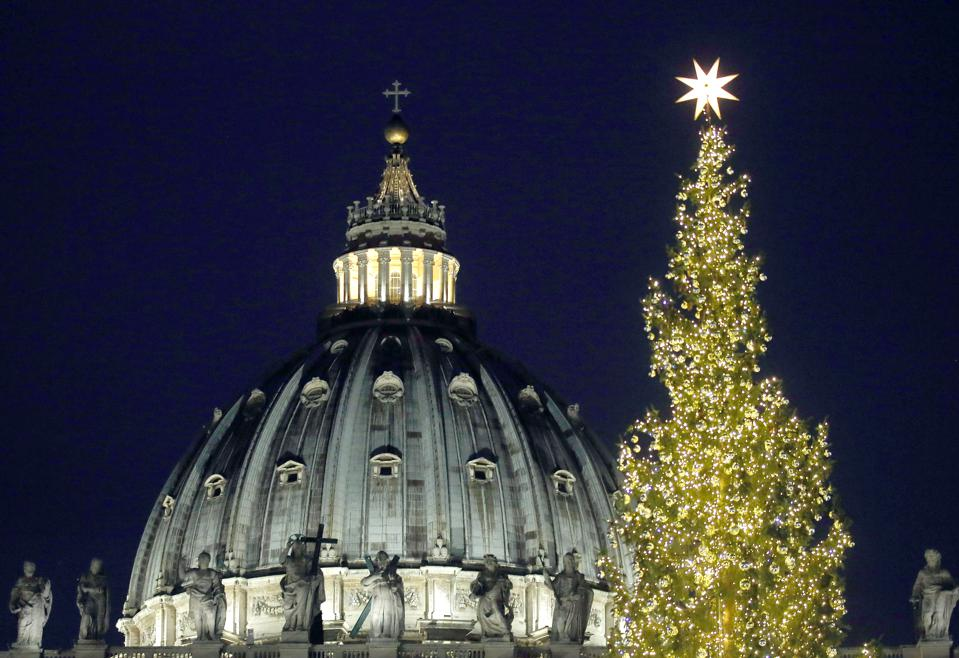 Saint Peter's Square Christmas Tree Switch On Ceremony  VATICAN CITY, VATICAN - DECEMBER 07:  A view of Saint Peter's Square during the Christmas tree switch on ceremony on December 7, 2018 in Vatican City, Vatican