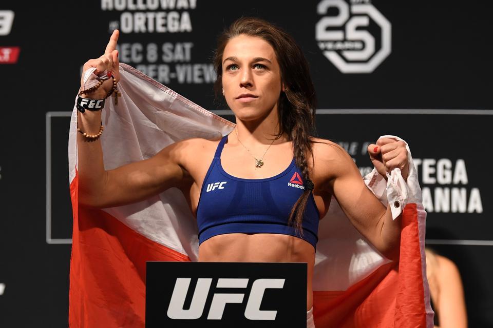 UFC 231: Weigh-ins