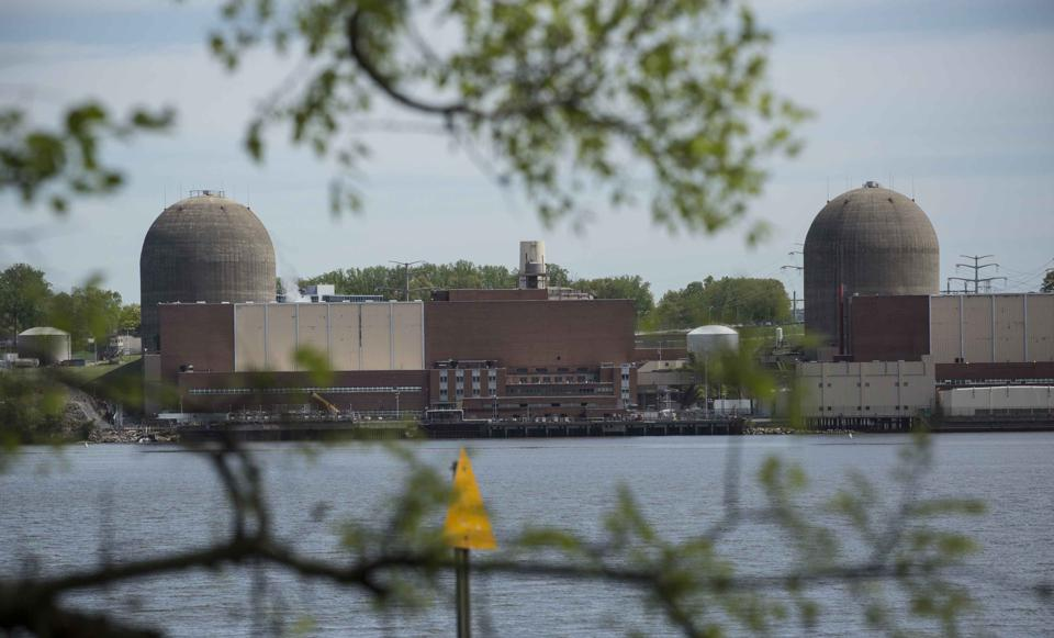 The Indian Point nuclear plant covers about 1 square kilometer.