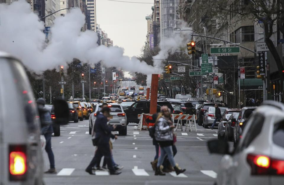 US faces the highest social costs of carbon dioxide emissions in the world according to National Climate Assessment.″n