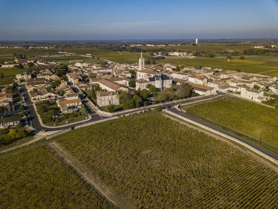 Saint Estephe village, situated along the wine route of Saint Estephe in the Bordeaux region of France, Europe