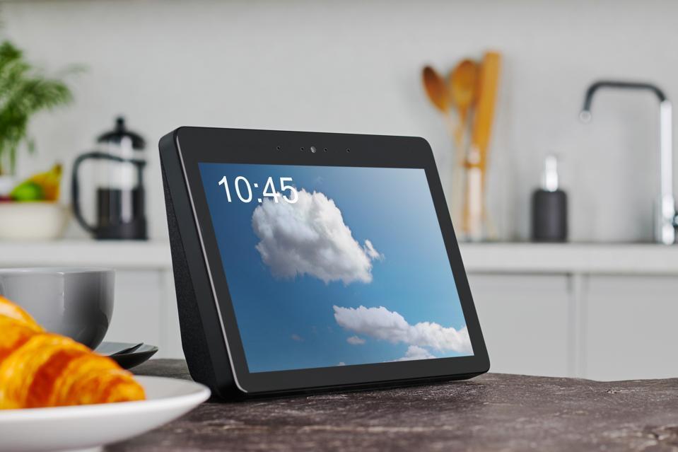 Amazon Echo Show Product Shoot