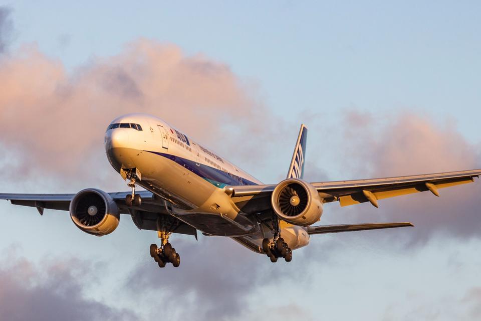 Nippon Airways Boeing 777