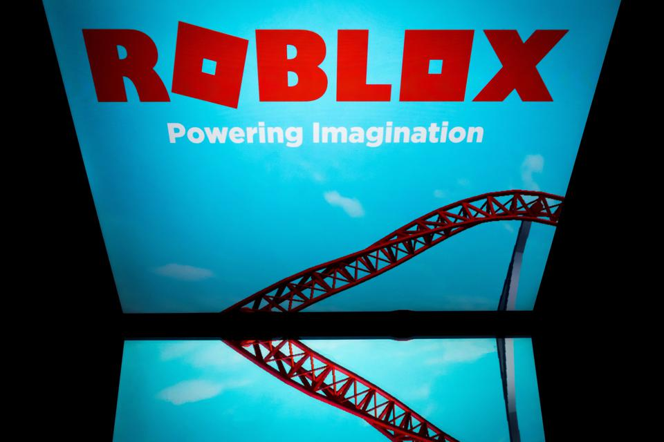 Unspeakablegaming Roblox Profile Can U Hack Roblox Hackers Post Vote For Trump Messages On Gaming Platform With 90 Million Users