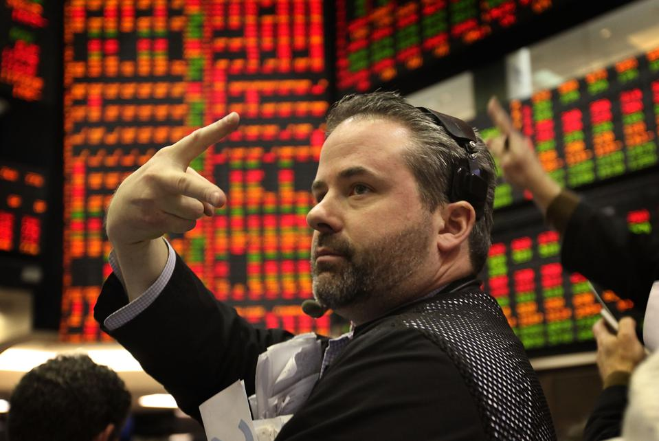 The Top 10 Stocks And ETFs To Own In A Negative Interest Rate Environment